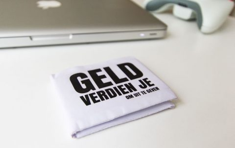 Portemonnee van A4 papier vouwen